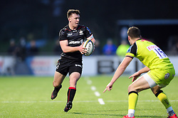 Tim Streather of Saracens in possession - Mandatory byline: Patrick Khachfe/JMP - 07966 386802 - 05/02/2017 - RUGBY UNION - Allianz Park - London, England - Saracens v Leicester Tigers - Anglo-Welsh Cup.
