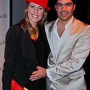 NLD/Amsterdam/20110129 - AIFW winter 2011, show Tony Cohen, zwangere Regina Romeijn en partner Erdem