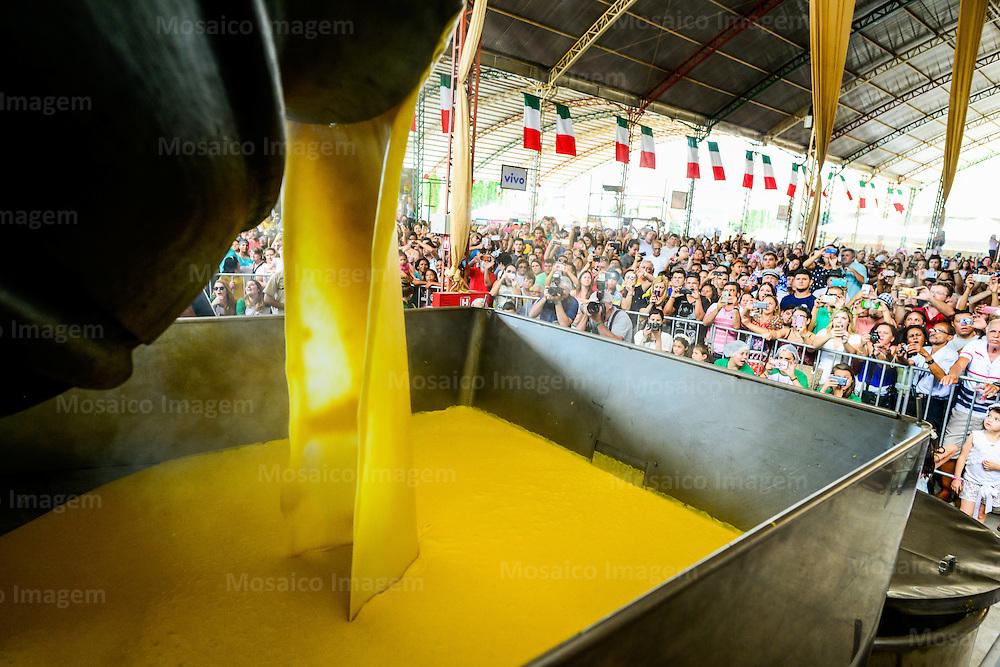Brasil - Espirito Santo - Venda Nova do Imigrante - Tombo da polenta  na Festa da Polenta de 2016 em Venda Nova do Imigrante<br /> Foto: Gabriel Lordello/Mosaico Imagem