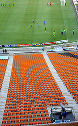 RSA, FIFA WM 2010, Soccer City Stadium Feature.08.06.2010, Soccer City Stadium, Johannesburg, RSA, FIFA WM 2010, Soccer City Stadium Feature im Bild die Tribühne und das Feld, eine Tv Kamera verfolgt die Proben für die Eröffnungsfeier, EXPA Pictures © 2010, PhotoCredit: EXPA/ IPS/ Mark Atkins / SPORTIDA PHOTO AGENCY