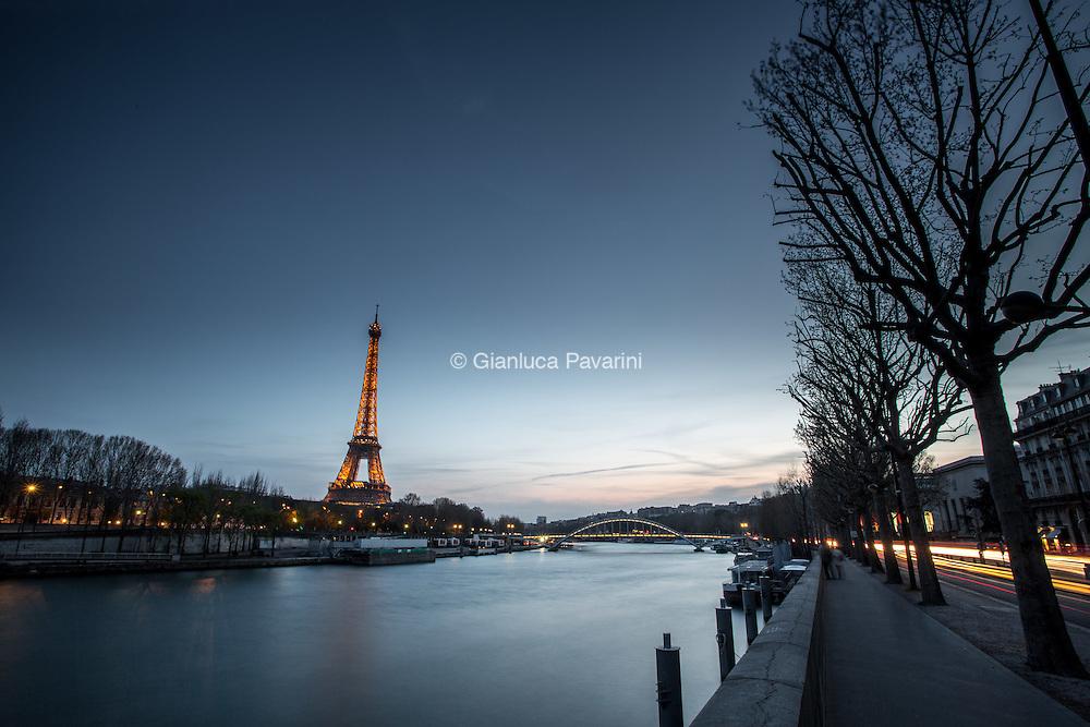 Paris landscapes, Tramonto sulla senna con la Tour Eiffel. Eiffel Tower