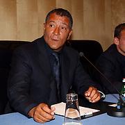 NLD/Amsterdam/20070801 - Persconferentie LG Amsterdam Tournament 2007, Ajax coach Henk ten Cate