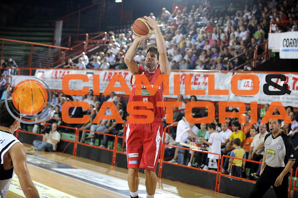 DESCRIZIONE : Caserta Lega A 2009-10 II Trofeo IRTET Finale Pepsi Caserta Bancatercas Teramo<br /> GIOCATORE : Drake Diener<br /> SQUADRA : Bancatercas Teramo<br /> EVENTO : Campionato Lega A 2009-2010 <br /> GARA : Pepsi Caserta Bancatercas Teramo<br /> DATA : 27/09/2009<br /> CATEGORIA : tiro<br /> SPORT : Pallacanestro <br /> AUTORE : Agenzia Ciamillo-Castoria/G.Ciamillo