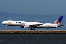 Boeing 777-322(ER) (N2332U) operated by United Airlines landing at San Francisco International Airport (KSFO), San Francisco, California, United States of America