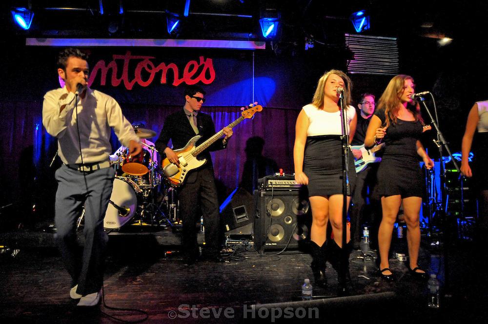 T-Bird & the Breaks perform at Antones, Austin Texas, October 17 2008.