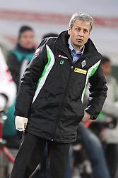 17.12.2011, BorussiaPark, Mönchengladbach, GER, 1.FBL, Borussia Mönchengladbach vs Mainz 05, im BildLucien Favre (Trainer Mönchengladbach) mit kaputter Hand // uring the 1.FBL, Borussia Mönchengladbach vs Mainz 05 on 2011/12/17, BorussiaPark, Mönchengladbach, Germany. EXPA Pictures © 2011, PhotoCredit: EXPA/ nph/ Mueller..***** ATTENTION - OUT OF GER, CRO *****