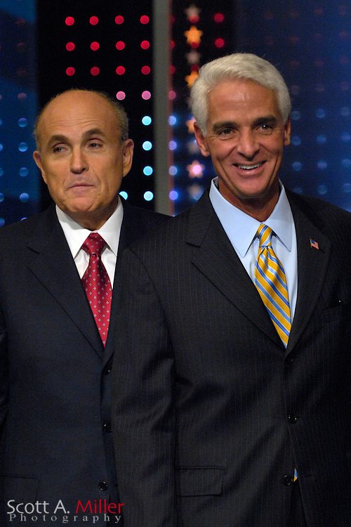 Orlando, Fla., USA; Oct. 21, 2007 - Republican presidential hopeful Rudy Giuliani, left, and Florida Gov. Charlie Crist prior to the Florida Republican debate hosted by FOX News in Orlando, Fla. ..©2007 Scott A. Miller
