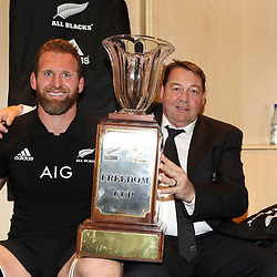 PRETORIA, SOUTH AFRICA - OCTOBER 06: Kieran Read (captain) of the New Zealand (All Blacks) with Steve Hansen (Head Coach) of the New Zealand (All Blacks) during the Rugby Championship match between South Africa Springboks and New Zealand All Blacks at Loftus Versfeld Stadium. on October 6, 2018 in Pretoria, South Africa. (Photo by Steve Haag/Getty Images)