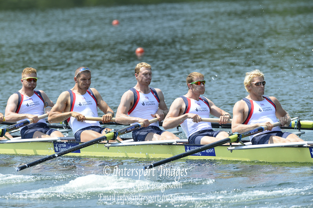Lucerne. Switzerland. GBR1 M8+. Bow. Tom RANSLEY, Dan RICHIE, Peter REED, Will SATCH, Mo SBIHI, Alex GREGORY George NASH, Andy TRIGGS HODGE and cox,  Phelan HILL, move away from the start pontoon in their heat of the  men's eights. 2013 FISA WC. III. 13:48:26  Friday  12/07/2013  [Mandatory Credit, Peter Spurrier/ Intersport Images] Lake Rotsee,