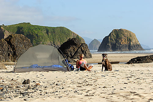 Alicia Ritter camping on a secluded beach along the Oregon Coast. Cannon Beach, OR<br />