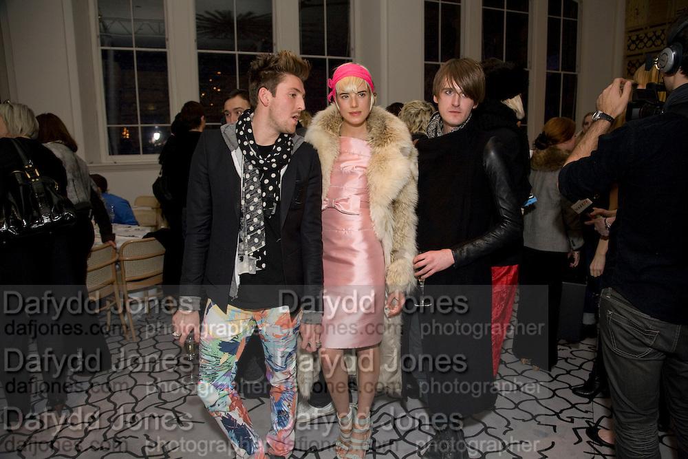 HENRY HOLLAND; AGYNESS DEYN; GARETH PUGH, Kate Grand hosts a Love Tea and Treasure hunt at Flash. Royal Academy. Burlington Gardens. London. 10 december 2008 *** Local Caption *** -DO NOT ARCHIVE-© Copyright Photograph by Dafydd Jones. 248 Clapham Rd. London SW9 0PZ. Tel 0207 820 0771. www.dafjones.com.<br /> HENRY HOLLAND; AGYNESS DEYN; GARETH PUGH, Kate Grand hosts a Love Tea and Treasure hunt at Flash. Royal Academy. Burlington Gardens. London. 10 december 2008