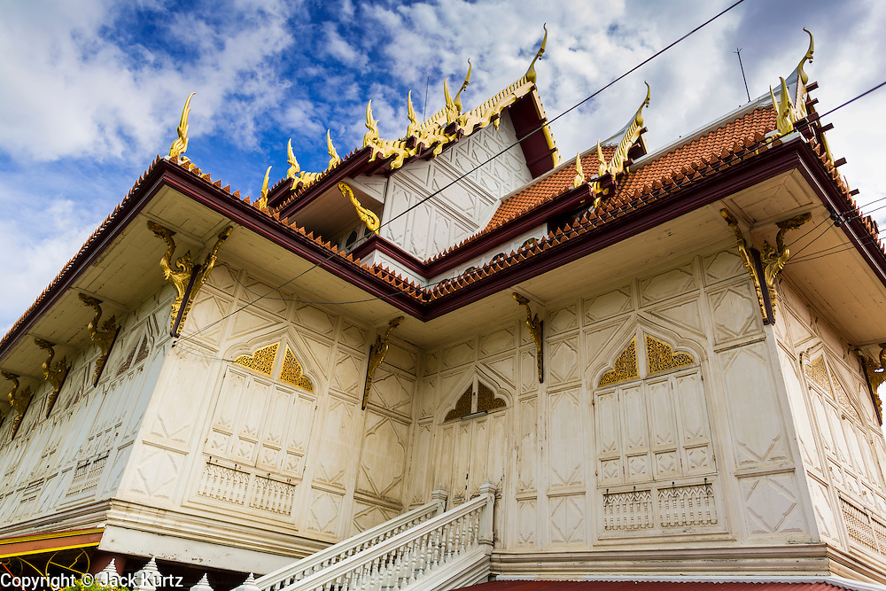 15 JULY 2014 - BANGKOK, THAILAND:    The southeast corner of the Sala Karnparian, or main instruction hall at Wat Rachathiwat Ratchaworawihan on Samsen Soi 9. The temple has a large teak instruction hall, considered one of the finest teak buildings in Asia.   PHOTO BY JACK KURTZ