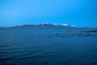 Mount Esjan at night