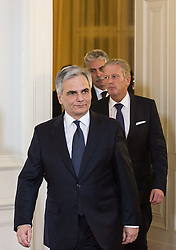 12.03.2015, Bundeskanzleramt, Wien, AUT, Bundesregierung, Statement nach Finale Verhandlungsrunde zur Steuerreform, im Bild von vorne: Bundeskanzler Werner Faymann (SPÖ), Vizekanzler und Minister für Wirtschaft und Wissenschaft Reinhold Mitterlehner (ÖVP) und Bundesminister für Finanzen Hans Jörg Schelling (ÖVP) // from front: Federal Chancellor of Austria Werner Faymann (SPOe), Vice Chancellor of Austria and Minister of Science and Economy Reinhold Mitterlehner (OeVP) and Minister of Finance Johann Georg Schelling (OeVP) during press conference after final negotiation round according to tax reformations at chancellors office in Vienna, Austria on 2015/03/12, EXPA Pictures © 2015, PhotoCredit: EXPA/ Michael Gruber
