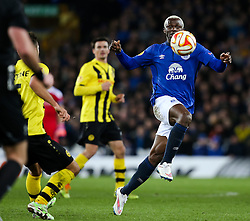 Everton's Arouna Kone in action - Photo mandatory by-line: Matt McNulty/JMP - Mobile: 07966 386802 - 26/02/2015 - SPORT - Football - Liverpool - Goodison Park - Everton v Young Boys - UEFA EUROPA LEAGUE ROUND OF 32 SECOND LEG