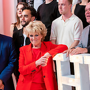 NLD/Amsterdam/20190521 - Perspresentatie musical Hello Dolly, cast met oa Freek Bartels, Simone Kleinsma, Paul de Leeuw, Jurgen Raymann