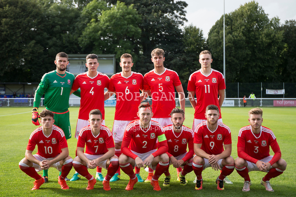 BANGOR, WALES - Tuesday, September 6, 2016: Wales' players line up for a team group photograph before the UEFA Under-21 Championship Qualifying Group 5 match against Luxembourg at Nantporth Stadium. Back row L-R goalkeeper Billy O'Brien, Regan Poole, Thomas Lockyer, Joseph Rodon, Ryan Hedges, Front row L-R: Daniel James, Harry Wilson, captain Gethin Jones, Joshua Sheehan, Wesley Burns, Jordan Evans. (Pic by Paul Greenwood/Propaganda)