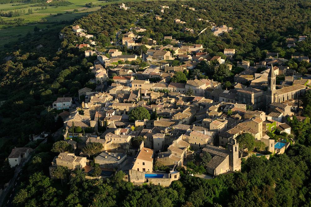 France, Languedoc Roussillon, Gard (30), région Uzès, village de Castillon-du-Gard