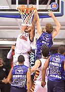 DESCRIZIONE : Venezia campionato serie A 2013/14 Reyer Venezia EA7 Olimpia Milano <br /> GIOCATORE : Andre Smith<br /> CATEGORIA : schiacciata controcampo<br /> SQUADRA : Reyer Venezia<br /> EVENTO : Campionato serie A 2013/14<br /> GARA : Reyer Venezia EA7 Olimpia<br /> DATA : 28/11/2013<br /> SPORT : Pallacanestro <br /> AUTORE : Agenzia Ciamillo-Castoria/A.Scaroni<br /> Galleria : Lega Basket A 2013-2014  <br /> Fotonotizia : Venezia campionato serie A 2013/14 Reyer Venezia EA7 Olimpia  <br /> Predefinita :