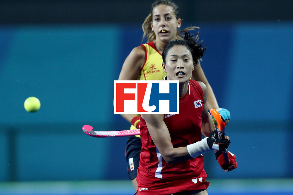 RIO DE JANEIRO, BRAZIL - AUGUST 13: Jong Eun Kim of Korea in action  in the Women's Pool A match between the Republic of Korea and Spain on Day 8 of the Rio 2016 Olympic Games at the Olympic Hockey Centre on August 13, 2016 in Rio de Janeiro, Brazil.  (Photo by Phil Walter/Getty Images)