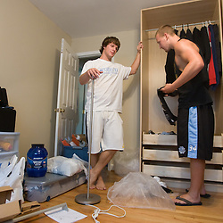 2007-08-17 Jackson and Delaney Move-in
