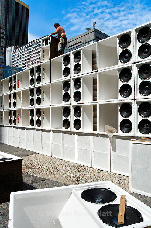 "Assembly of the giant Furacão (""hurricane"") soundsystem. For the first time in Baile Funk history, 10 soundsystem occupied the heart of the historic center of Rio de Janeiro for the 1st ""Funk Parade""; sound from the periphery & favelas celebrated at the Largo da Carioca."