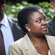 la Ministra per l'Integrazione Cécile Kyenge<br /> alla consegna degli attestati di cittadinanza simbolica ai bimbi figli di genitori stranieri nati a Torino nel 2013, Torino 23 giugno 2013