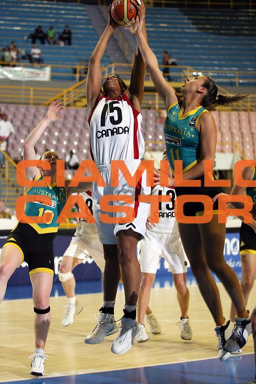 DESCRIZIONE : San Paolo Sao Paolo Brasile Brazil World Championship for Women 2006 Campionati Mondiali Donne Australia-Canada<br /> GIOCATORE : Sutton Brown Summerton<br /> SQUADRA : Australia Canada<br /> EVENTO : San Paolo Sao Paolo Brasile Brazil World Championship for Women 2006 Campionati Mondiali Donne Australia-Canada<br /> GARA : Australia Canada<br /> DATA : 14/09/2006 <br /> CATEGORIA : <br /> SPORT : Pallacanestro <br /> AUTORE : Agenzia Ciamillo-Castoria/E.Castoria <br /> Galleria : world championship for women 2006<br /> Fotonotizia : San Paolo Sao Paolo Brasile Brazil World Championship for Women 2006 Campionati Mondiali Donne Australia-Canada<br /> Predefinita : si
