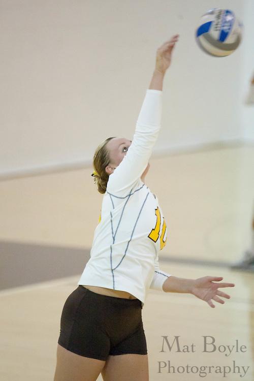 2010-09-02: Rowan University  defeats Immaculata University in a women's volleyball match 3-2.