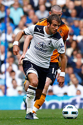 18.09.2010, White Hart Lane, London, ENG, PL, Tottenham Hotspur vs Wolverhampton Wanderers, im Bild Tottenham's Rafael van der Vaart. EXPA Pictures © 2010, PhotoCredit: EXPA/ IPS/ Kieran Galvin +++++ ATTENTION - OUT OF ENGLAND/UK +++++ / SPORTIDA PHOTO AGENCY