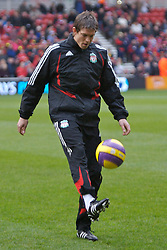 MIDDLESBROUGH, ENGLAND - Saturday, January 12, 2008: Liverpool's Daniel Agger warms-up before the Premiership match against Middlesbrough at the Riverside Stadium. (Photo by David Rawcliffe/Propaganda)
