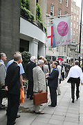 QUEUE BEFORE THE FAIR OPENS AT 11 A.M., Private Preview of the Grosvenor House Art and Antiques Fair. 13 June 2007.  -DO NOT ARCHIVE-© Copyright Photograph by Dafydd Jones. 248 Clapham Rd. London SW9 0PZ. Tel 0207 820 0771. www.dafjones.com.
