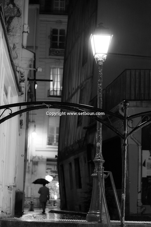 France. Paris. 4th district. le Marais. rue Cloche perce ,