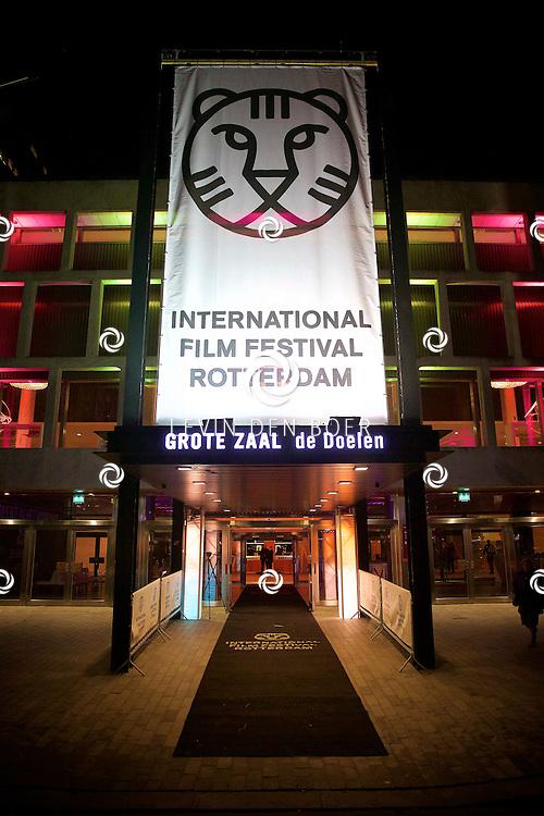 ROTTERDAM - In Theater De Goede Doelen is de 44ste International Film Festival Rotterdam geopend. Diversen genodigden en internationale sterren waren hierbij aanwezig. Met hier op de foto  de bioscoop. FOTO LEVIN DEN BOER - PERSFOTO.NU