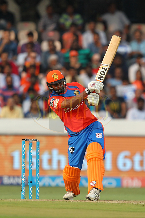 Praveen Kumar of Gujrat Lions during match 6 of the Vivo 2017 Indian Premier League between the Sunrisers Hyderabad and the Gujarat Lions held at the Rajiv Gandhi International Cricket Stadium in Hyderabad, India on the 9th April 2017Photo by Prashant Bhoot - IPL - Sportzpics