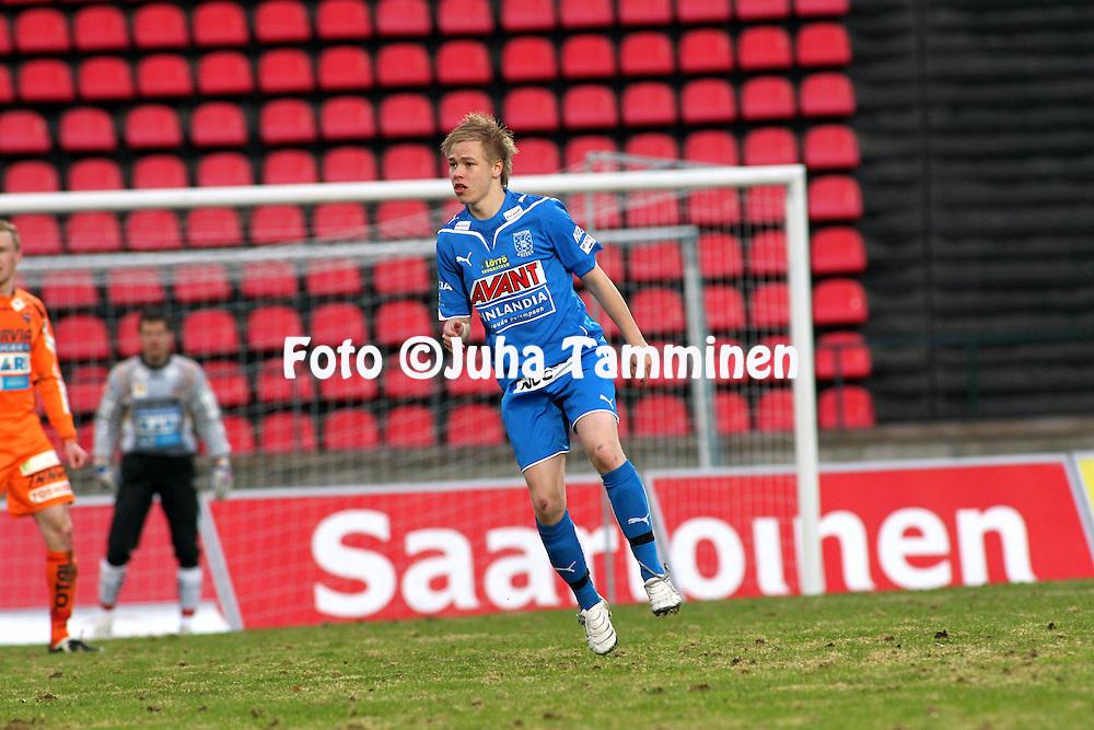 23.04.2010, Ratina, Tampere..Veikkausliiga 2010, Tampere United - JJK Jyv?skyl?..Jusu Karvonen - TamU.©Juha Tamminen.