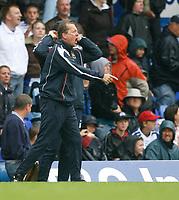 Photo: Steve Bond.<br />Birmingham City v West Ham United. The FA Barclays Premiership. 18/08/2007. Alan Curbishley yells instructions