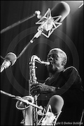 Berlin, DEU, 03.11.1991: Jazz Music, Charles Gayle, Total Music Meeting, Berlin, 03.11.1991,  ( Keywords: Musiker ; Musician ; Musik ; Music ; Jazz ; Jazz ; Kultur ; Culture ) ,  [ Photo-copyright: Detlev Schilke, Postfach 350802, 10217 Berlin, Germany, Mobile: +49 170 3110119, photo@detschilke.de, www.detschilke.de - Jegliche Nutzung nur gegen Honorar nach MFM, Urhebernachweis nach Par. 13 UrhG und Belegexemplare. Only editorial use, advertising after agreement! Eventuell notwendige Einholung von Rechten Dritter wird nicht zugesichert, falls nicht anders vermerkt. No Model Release! No Property Release! AGB/TERMS: http://www.detschilke.de/terms.html ]