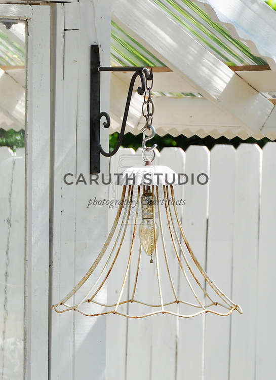 Vintage garden: Light fixture made from vintage lampshade