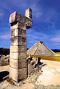 Image of the Temple of the Warriors and El Castillo at Chichen Itza on the Yucatan Peninsula in Mexico