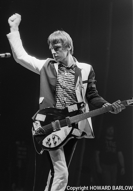 PICTURE BY HOWARD BARLOW..ARTIST - THE JAM (Setting Sons tour).VENUE   - APOLLO THEATRE, MANCHESTER.DATE    - NOVEMBER 1979