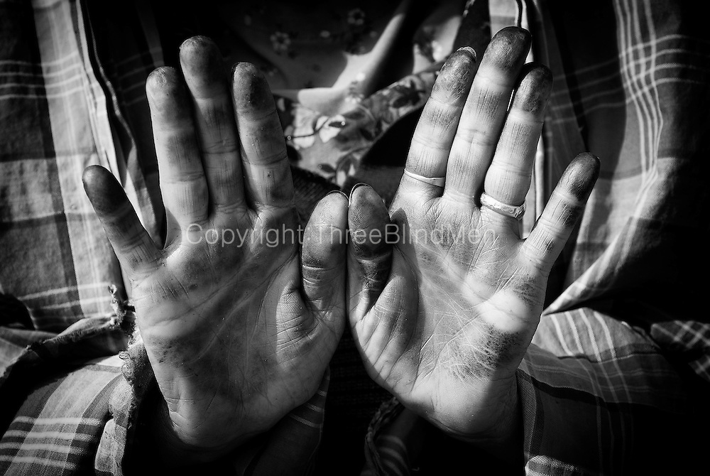 Yemen Henna On Hands Threeblindmen Photography Archive