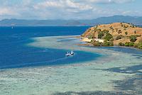 Indonesie. Flores. Baie de Labuanbajo. ile de Seraya. // Indonesia. Flores. Labuanbajo bay. Seraya island.