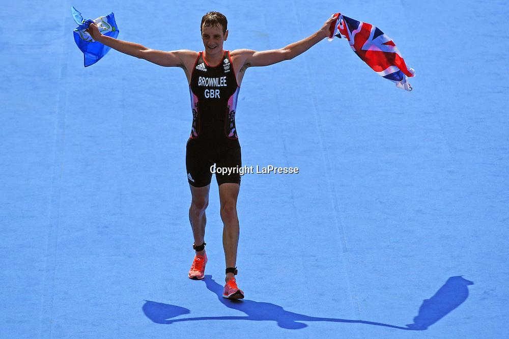 Foto  LaPresse/  Gian Mattia D'Alberto<br /> 18-08-2016  Rio de Janeiro<br /> sport<br /> Giochi Olimpici Rio 2016 - triathlon<br /> nella foto: BROWNLEE Alistair, oro<br /> <br /> Photo LaPresse/ Gian Mattia D'Alberto<br /> 18-08-2016  Rio de Janeiro<br /> Rio 2016 Olympic  Games - triathlon<br /> In the picture: BROWNLEE Alistair, gold