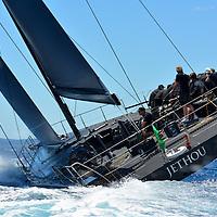 Le Jethou est un yacht ultramoderne de l&rsquo;IRC Racing Yaght construit par Green Marine &agrave; Lymington. Il est nomm&eacute; d'apr&egrave;s les &icirc;les anglo-normandes situ&eacute;es &agrave; c&ocirc;t&eacute; de la c&ocirc;te Est de Huernsey. Ce Judel Vrolijk est un yacht de 62 pieds qui dispose d&rsquo;&eacute;quipement enti&egrave;rement optimis&eacute; et d&rsquo;une coque en fibre de carbone l&eacute;g&egrave;re. Il a &eacute;t&eacute; con&ccedil;u exclusivement pour la vitesse.Le Jethou, appartenant et pilot&eacute; par Sir Peter Ogden, a d&eacute;j&agrave; montr&eacute; de tr&egrave;s bons r&eacute;sultats dans le circuit m&eacute;diterran&eacute;en.<br /> <br /> L'&eacute;quipage exp&eacute;riment&eacute;, avec notamment Brad Butterworth, Stuart Branson et Ian Budgen, a r&eacute;ussi &agrave; faire de tr&egrave;s bonnes places dans de c&eacute;l&egrave;bres r&eacute;gates telles que la Palma Vela, la Copa del Rey, les Voiles de Saint-Tropez, le Championnat du Monde Rolex Maxi et le Giraglia Rolex Cup.