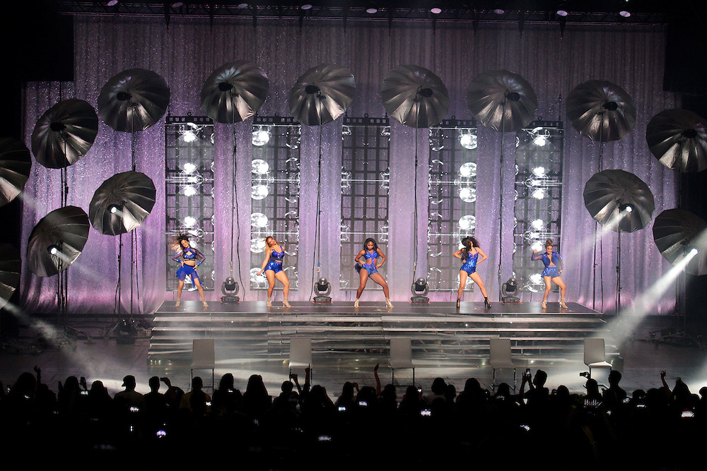 Fifth Harmony- Rabobank Convention Center 12 Aug 2015