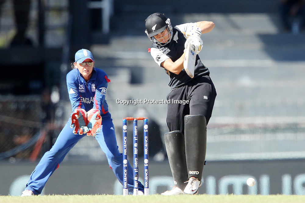 Sara McGlashan of New Zealand  during the ICC Women's World Twenty20 Semi final match between England and New Zealand held at the Premadasa Stadium in Colombo, Sri Lanka on the 4th October  2012<br /> <br /> Photo by Ron Gaunt/SPORTZPICS/PHOTOSPORT