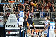 DESCRIZIONE : Cantù Lega A 2014-15Acqua Vitasnella Cantù Acea Roma<br /> GIOCATORE : Gibson Kyle<br /> CATEGORIA : Controcampo Tiro<br /> SQUADRA : Acea Roma<br /> EVENTO : Campionato Lega A 2014-2015<br /> GARA : Acqua Vitasnella Cantù Acea Roma<br /> DATA : 11/01/2015<br /> SPORT : Pallacanestro <br /> AUTORE : Agenzia Ciamillo-Castoria/I.Mancini<br /> Galleria : Lega Basket A 2013-2014  <br /> Fotonotizia : Cantù Lega A 2013-2014 Acqua Vitasnella Cantù Acea Roma<br /> Predefinita :
