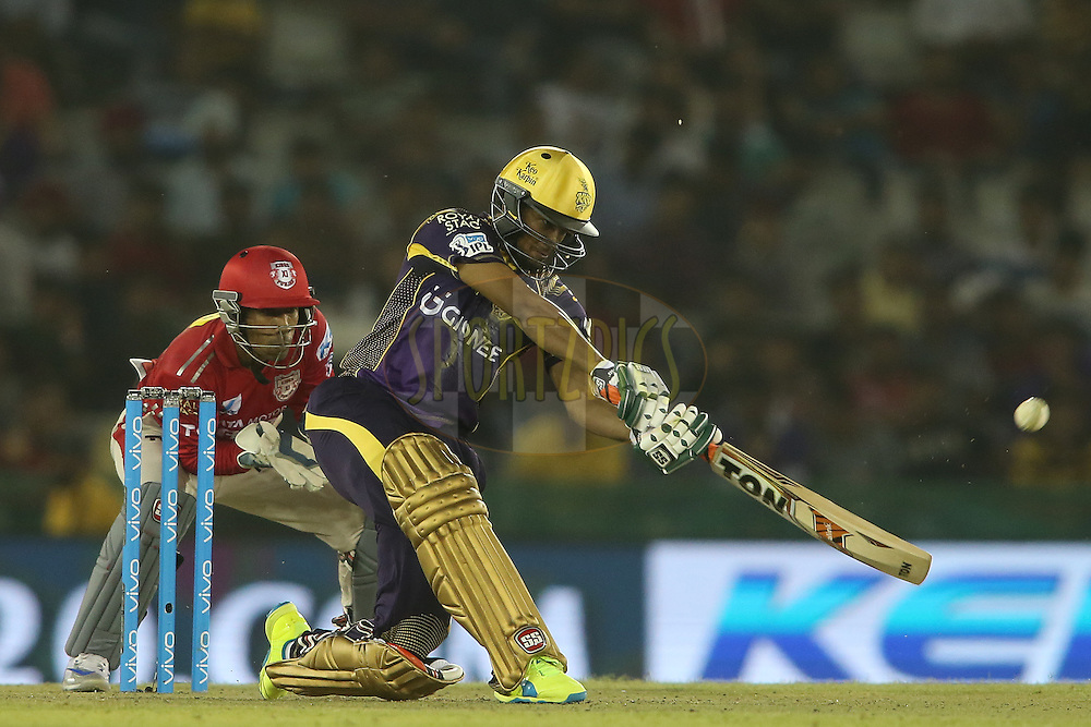 Shakib Al Hasan of Kolkata Knight Riders attacks a delivery during match 13 of the Vivo Indian Premier League (IPL) 2016 between the Kings XI Punjab and the Kolkata Knight Riders held at the IS Bindra Stadium, Mohali, India on the 19th April 2016<br /> <br /> Photo by Shaun Roy / IPL/ SPORTZPICS