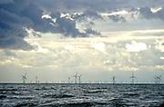 Nederland, the netherlands, Egmind, 27-8-2018 Zicht vanuit de duinen op een windmolenpark in zee . Foto: Flip Franssen